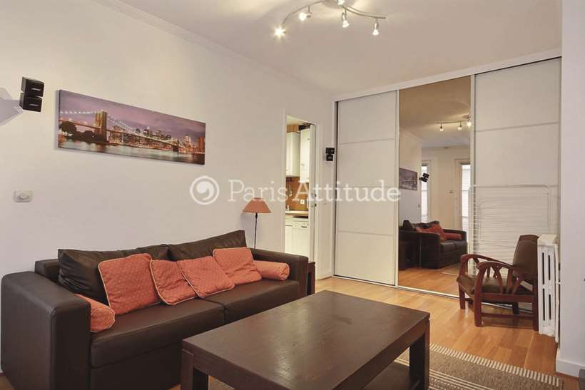 Rent Apartment In Paris 75008 Furnished 49m Champs Elysees Ref 9243 Paris Attitude