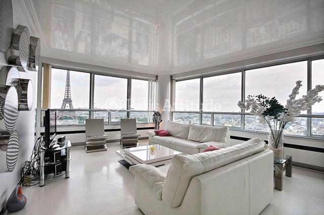 Paris Attitude