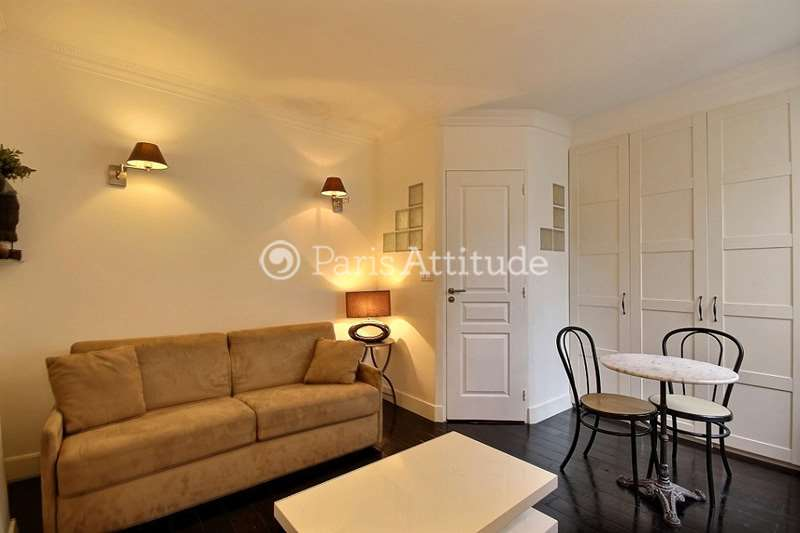 Louer un Appartement à Paris 75005 - 18m² Place Monge - Mouffetard ...