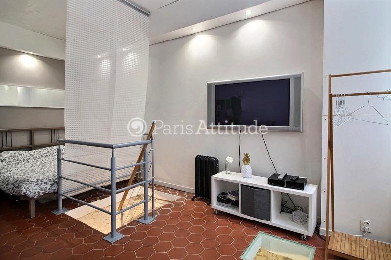 Rent apartment in paris 75020 24m pere lachaise ref 10181 for Living room 75020