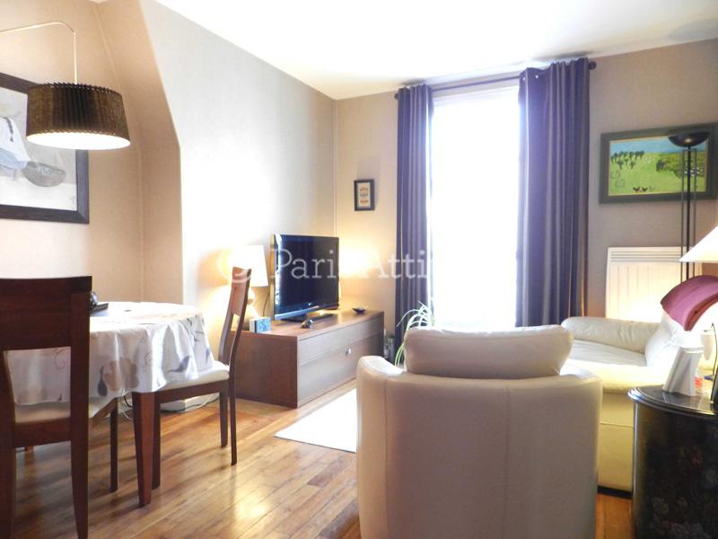 Rent apartment in paris 75020 40m p re lachaise ref 11010 for Living room 75020