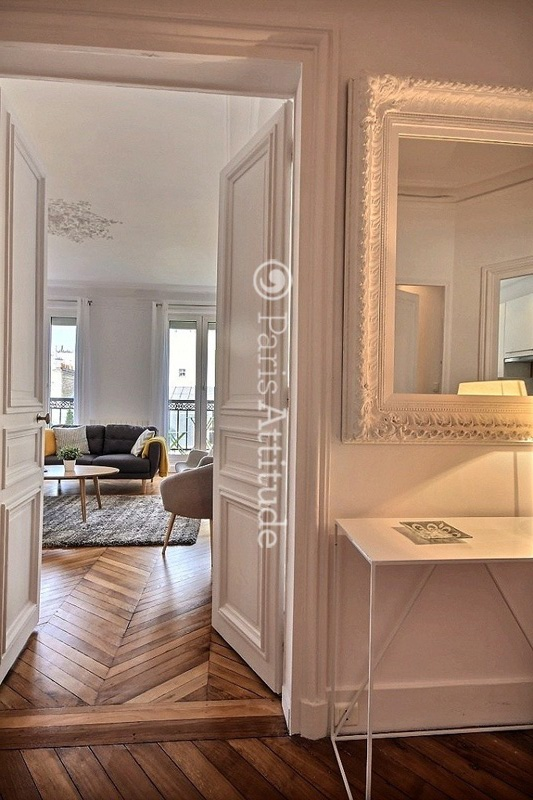 Rent apartment in paris 75008 81m miromesnil ref 11883 for Salle de bain 2m2