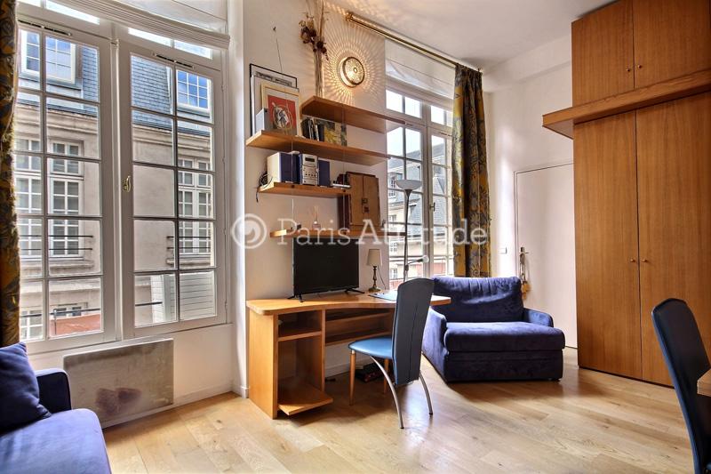 Louer un appartement paris 75003 25m le marais ref 1212 for 1212 salon asheboro