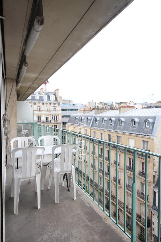 Rent apartment in paris 75016 52m porte maillot ref 12244 for Porte maillot