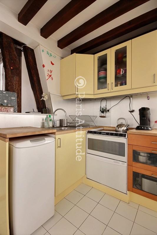 Louer un appartement paris 75002 48m bonne nouvelle for Chambre de bonne paris a louer