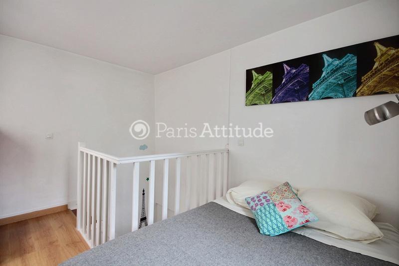 Louer un appartement paris 75002 48m bonne nouvelle for Chambre de bonne a louer paris week end