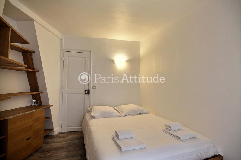 louer un appartement paris 75010 36m bonne nouvelle ref 12558. Black Bedroom Furniture Sets. Home Design Ideas