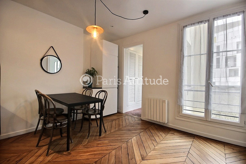 Louer un appartement paris 75010 60m grands for Chambre de bonne a louer paris week end