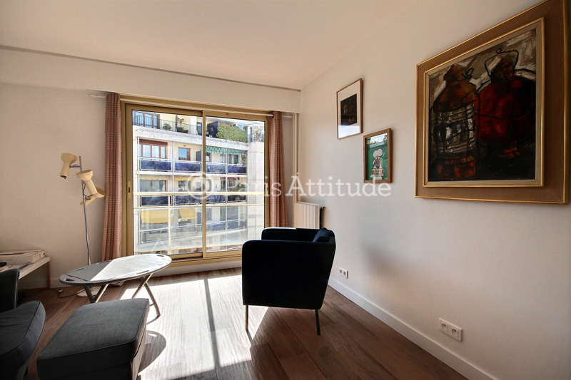 Louer un appartement paris 75009 33m montmartre - Nid rouge lincroyable appartement paris ...
