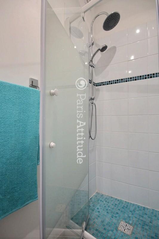 Louer un appartement paris 75019 22m la chapelle for Appartement atypique 75019