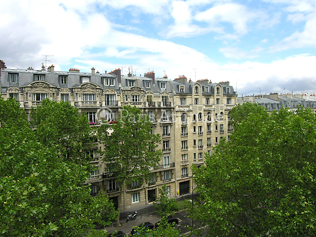 Louer un appartement paris 75013 18m les gobelins for Location appartement atypique paris