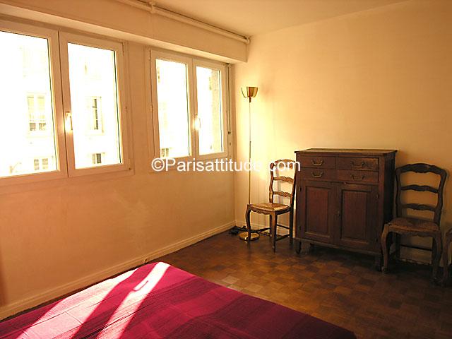 louer un appartement paris 75006 71m luxembourg garden ref 1620. Black Bedroom Furniture Sets. Home Design Ideas