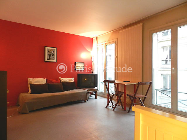 louer un appartement paris 75004 26m le marais ref 1643. Black Bedroom Furniture Sets. Home Design Ideas