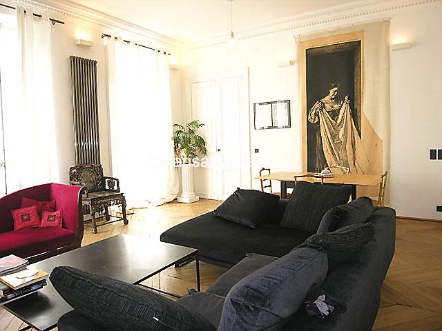Rent apartment in paris 75010 100m bonne nouvelle ref for Chambre de bonne paris rent
