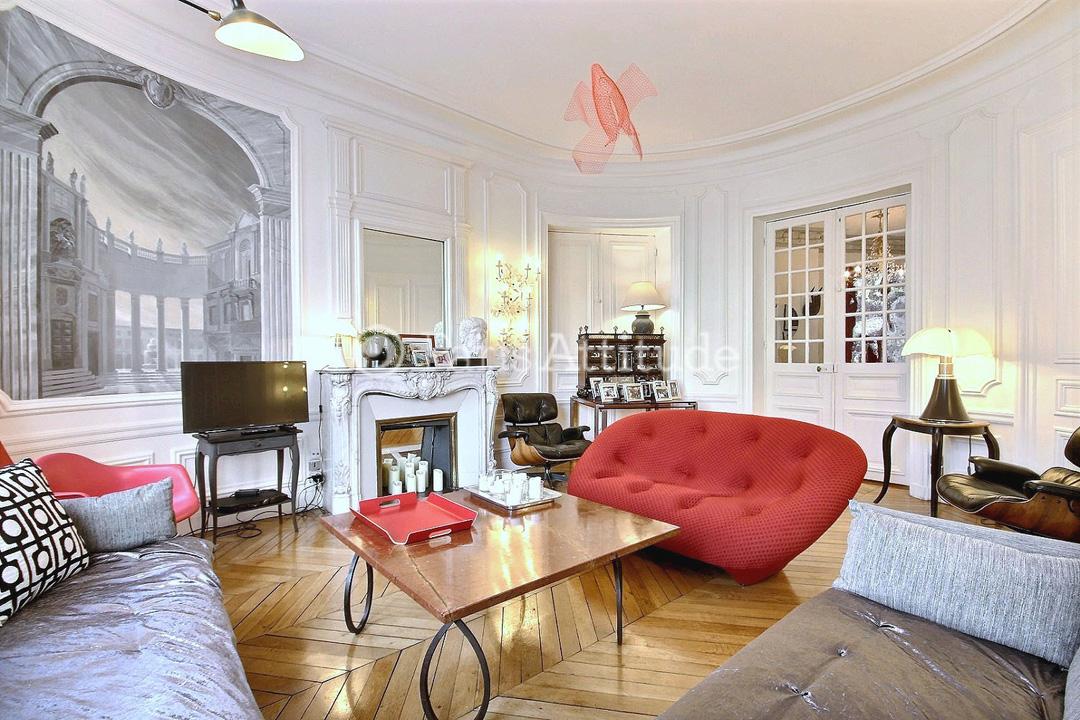 Louer un appartement paris 75016 145m arc de triomphe - Salon de coiffure afro champs elysees ...