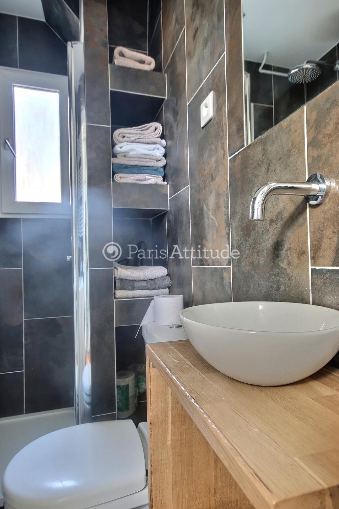 louer un appartement paris 75011 52m oberkampf ref 3606. Black Bedroom Furniture Sets. Home Design Ideas