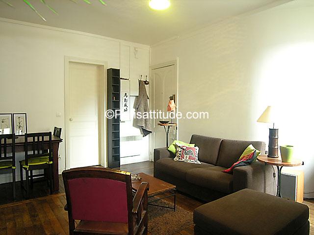 Rent apartment in paris 75020 35m gambetta ref 4153 for Living room 75020