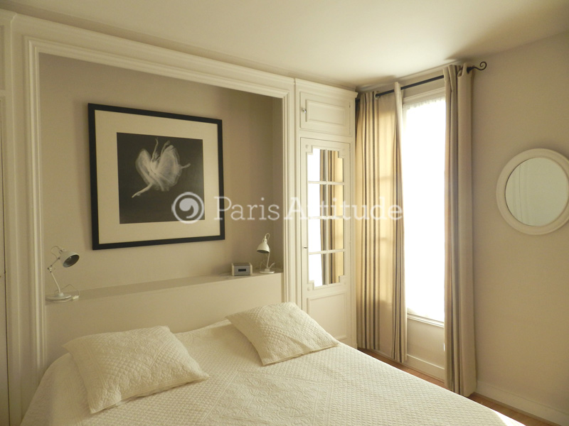 Louer un appartement paris 75009 64m montmartre - Nid rouge lincroyable appartement paris ...
