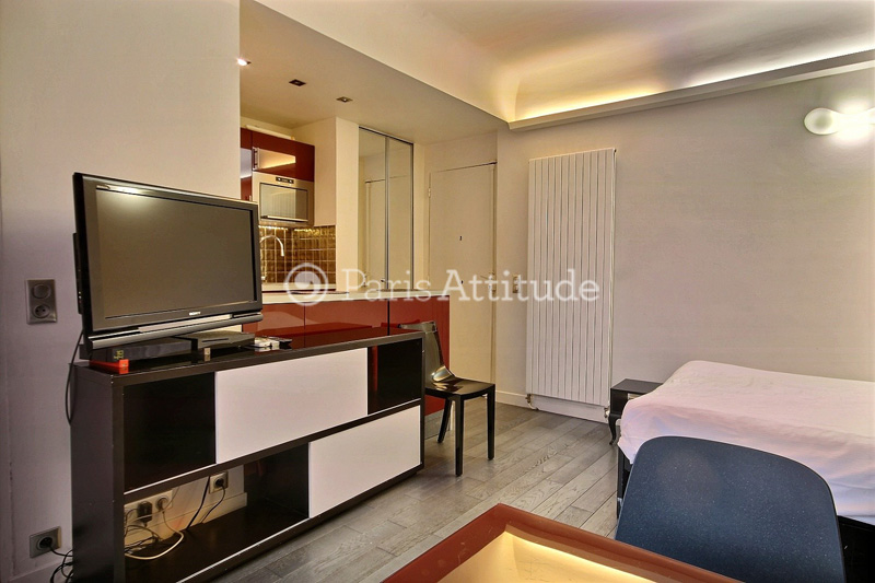 Louer un appartement paris 75008 28m champs elysees - Salon de coiffure afro champs elysees ...
