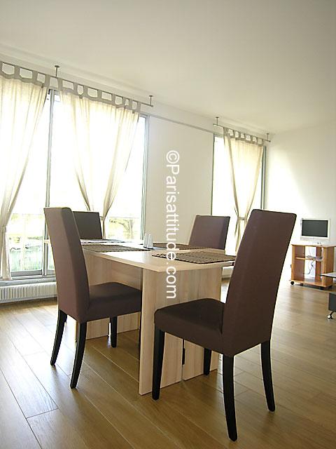 Louer un appartement boulogne billancourt 92100 58m for Salle a manger 92100