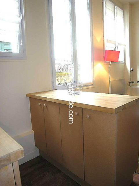 louer un appartement paris 75005 22m luxembourg garden ref 5964. Black Bedroom Furniture Sets. Home Design Ideas