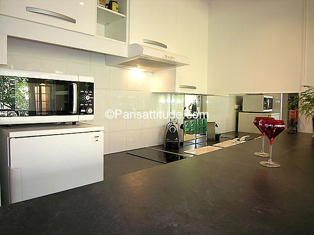 louer un appartement paris 75008 35m parc monceau ref 6054. Black Bedroom Furniture Sets. Home Design Ideas