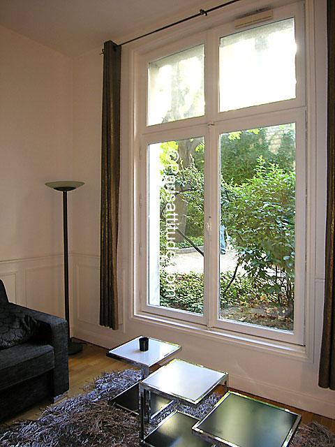 louer un appartement paris 75008 54m parc monceau ref 6640. Black Bedroom Furniture Sets. Home Design Ideas