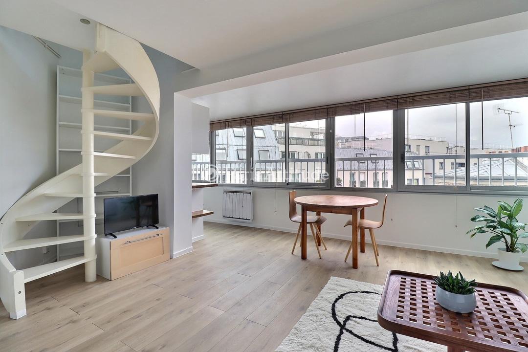 Rent duplex in paris 75020 40m pere lachaise ref 6766 for Living room 75020