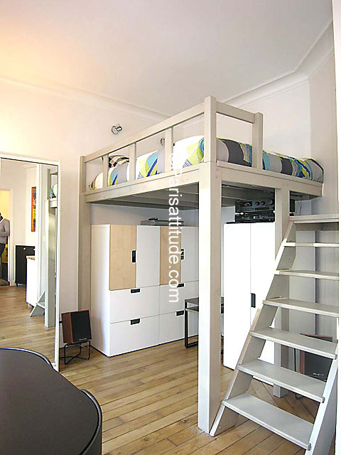 Rent apartment in paris 75011 23m voltaire ref 7131 for Mezzanine cost estimate