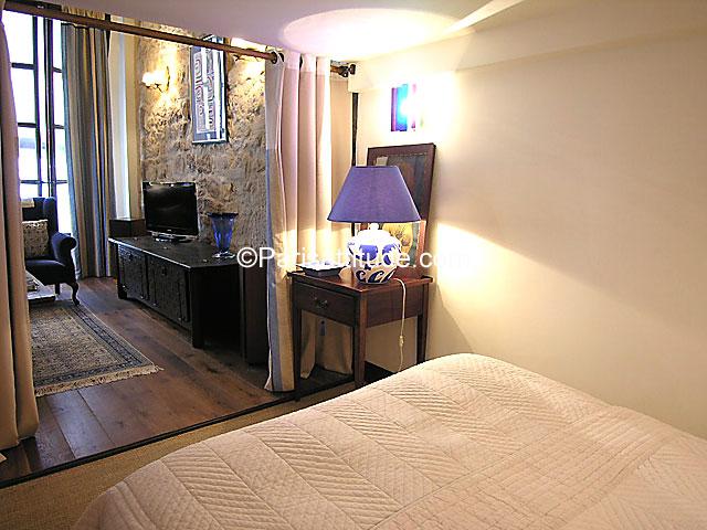 Rent Loft In Paris 75005 60m 178 Notre Dame De Paris Ref 7458