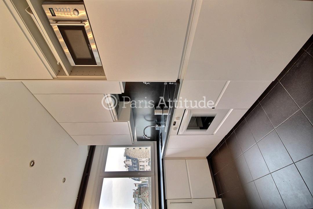 louer un appartement paris 75016 70m tour eiffel ref 8120. Black Bedroom Furniture Sets. Home Design Ideas