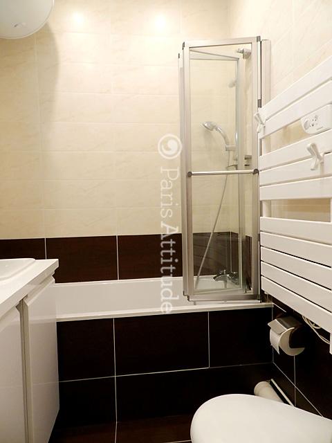 louer un appartement paris 75008 40m parc monceau ref 9040. Black Bedroom Furniture Sets. Home Design Ideas