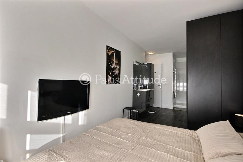 louer un appartement paris 75016 50m exelmans ref 9256. Black Bedroom Furniture Sets. Home Design Ideas
