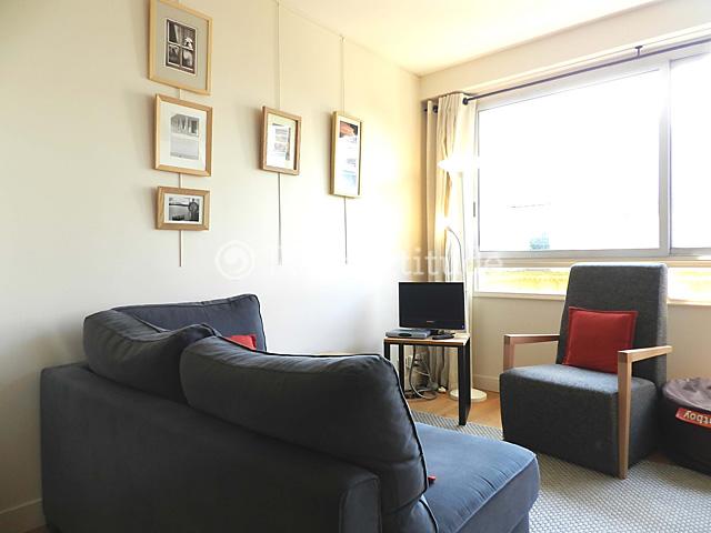 louer un appartement paris 75008 30m parc monceau ref 9733. Black Bedroom Furniture Sets. Home Design Ideas