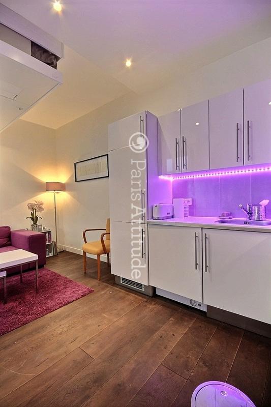 louer un appartement paris 75012 32m nation ref 9796. Black Bedroom Furniture Sets. Home Design Ideas