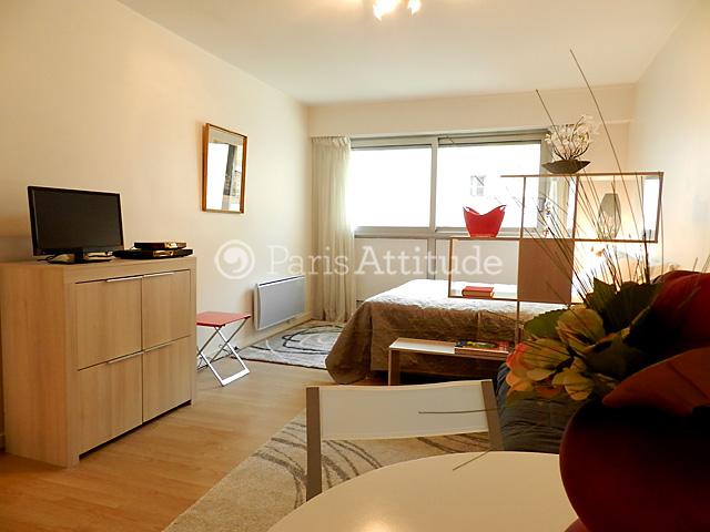 louer un appartement paris 75008 29m parc monceau ref 9914. Black Bedroom Furniture Sets. Home Design Ideas