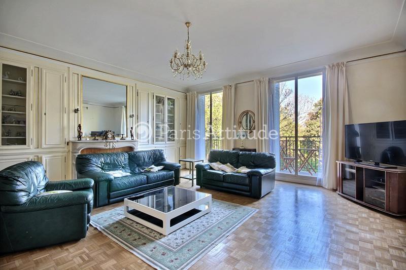 louer un appartement paris 75008 152m parc monceau ref 9962. Black Bedroom Furniture Sets. Home Design Ideas