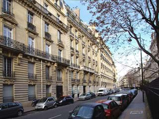 Apartment rental Rue de la Pompe, Paris, France