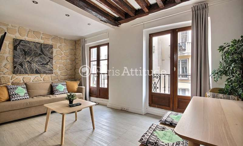 Rent Apartment 1 Bedroom 32m² rue du Pas de la Mule, 4 Paris