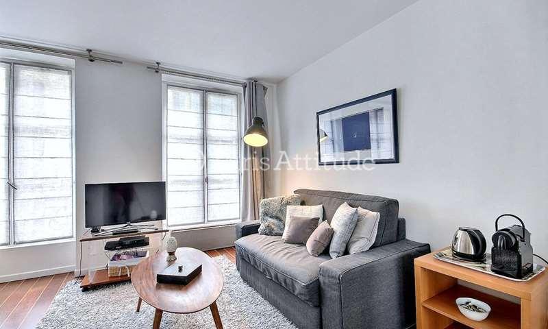 Rent Apartment 1 Bedroom 32m² rue Bayard, 8 Paris