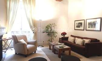 Location Appartement 2 Chambres 75m² rue des Grands Augustins, 6 Paris