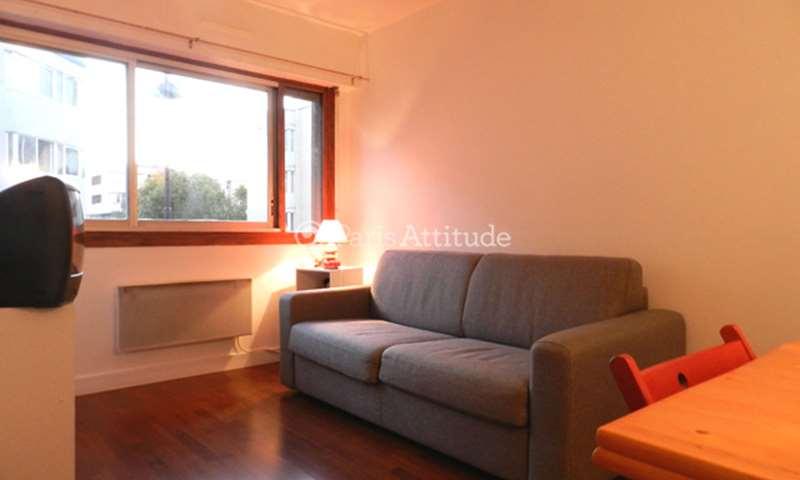 Rent Apartment 1 Bedroom 28m² rue de la Folie Regnault, 75011 Paris