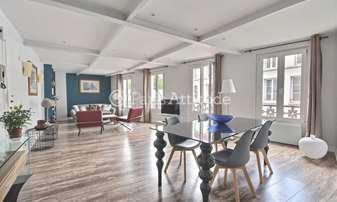 Rent Apartment 2 Bedrooms 83m² rue La Vieuville, 18 Paris