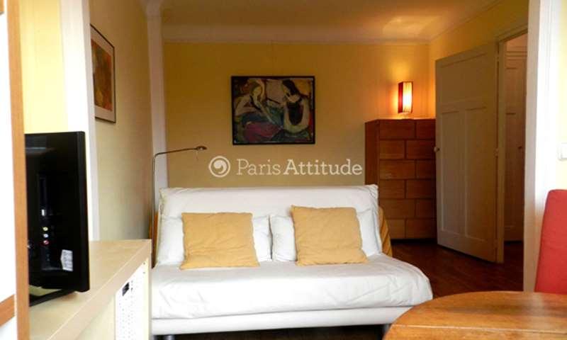Location Appartement Studio 28m² place Adolphe Cherioux, 15 Paris