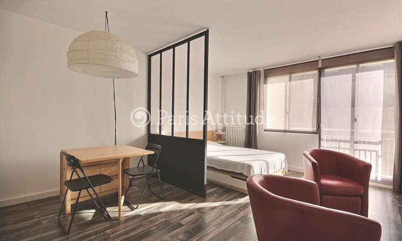 Rent Apartment Studio 28m² rue Robert Turquan, 16 Paris