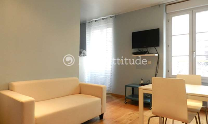 Rent Apartment Alcove Studio 25m² Rue Sambre et Meuse, 10 Paris