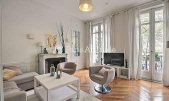 Rent Apartment 2 Bedrooms 86m² boulevard Voltaire, 11 Paris