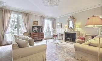 Rent Apartment 3 Bedrooms 150m² avenue Foch, 16 Paris