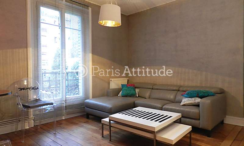 Rent Apartment 2 Bedrooms 49m² rue des Moines, 17 Paris