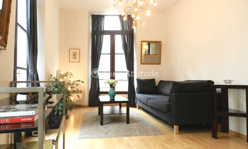 Rent Apartment 1 Bedroom 43m² rue Coquilliere, 1 Paris